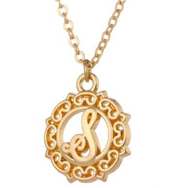 Women Fashion Jewelry Gold Plated Color Different Initial Letter and Alphabet Pendant Wholesale Necklaces Wholesale Retail