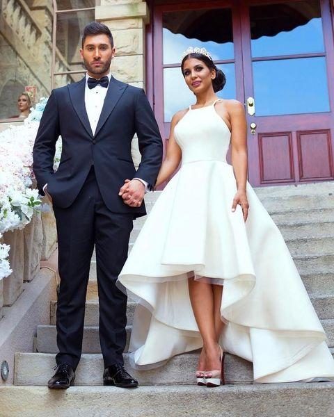 2019 Modest Wedding Dresses A Line High Low Halter Neck Wedding Party Dresses Satin Bohemia Bridal Gowns