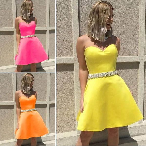 Yellow Satin Short Homecoming Dresses Sweetheart Crystal Beaded Sash Mini Pink Orange Short Prom Dresses Cute Party Dresses Zipper Up