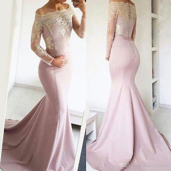 New Elegant Off the Shoulder Lace Evening Dresses 2018 Long Sleeves Appliqued Mermaid Prom Dresses Formal Wear With Covered Button BA8277