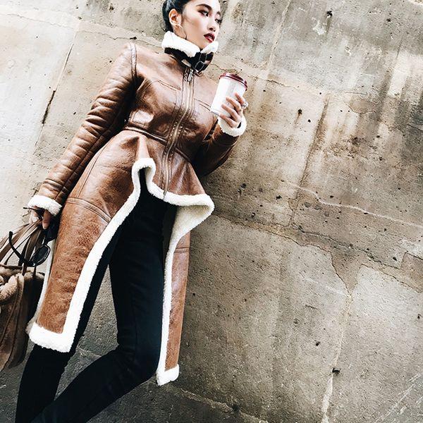 2018 Winter Frauen Pu-Leder Mäntel Pelzkragen Braun Jacken Hohe Qualität Warme Frauen Streetwear Tunika Unregelmäßigen Mantel Outfits