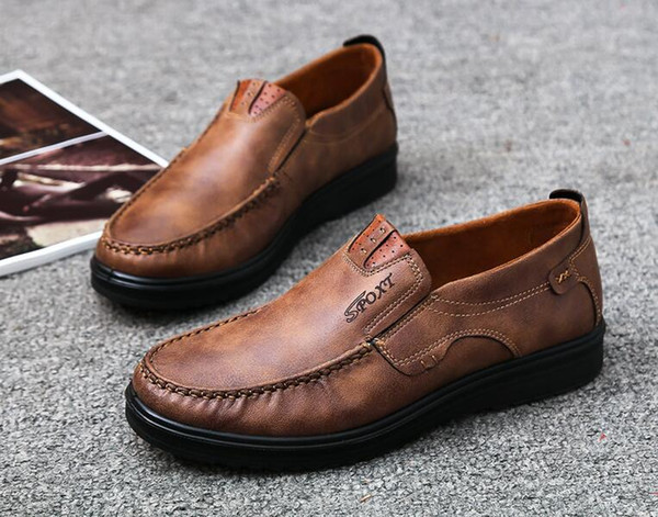 top popular Wholesale-2018 New Hot Sales Brand Fashion Sexy Top Quality Men Flats Designer Men Shoes Lace up Shoes Mens Casual Shoes 2019