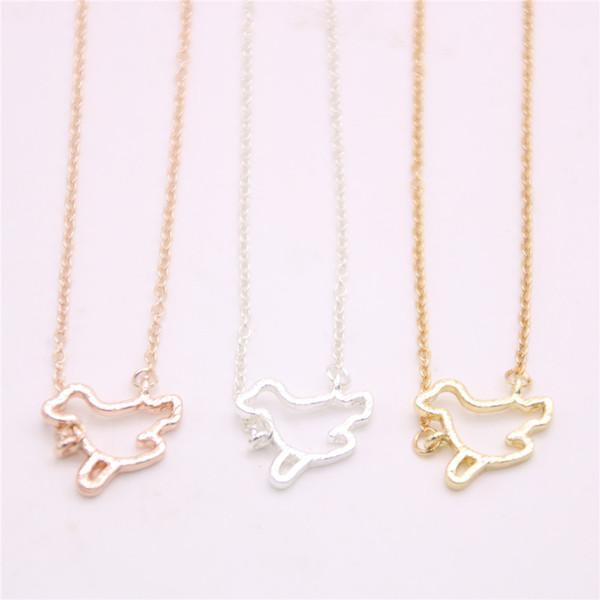 Belle mer chien pendentif collier évider collier pendentif animaux marins conçu pour les femmes de détail et de gros mélange