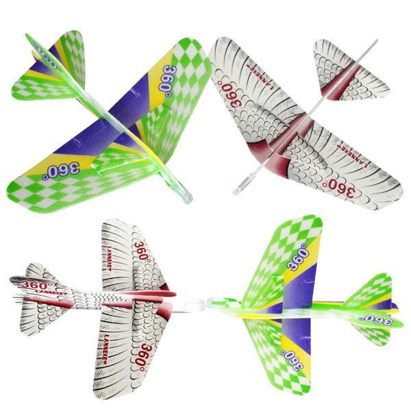 Crianças brinquedos Voando Para Trás Brinquedos Plano Mágico 360 Swing Cyclotron Planador Crianças Montagem Ao Ar Livre Modelo Espuma Avião lanneret Brinquedos Criativos
