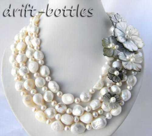 Collana a forma di fiore di conchiglia d'acqua dolce barocca con perle d'acqua dolce rotondo bianco 13mm