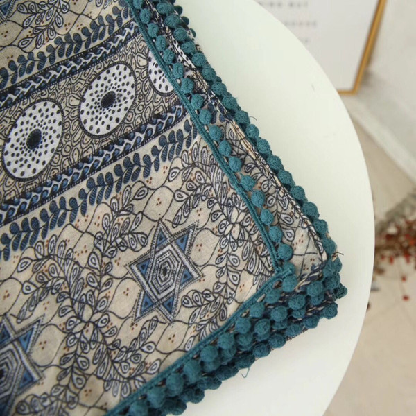 New fashion 2018 Geometric figure scarf, printed scarf, fur ball Muslim woman beach towel, sunshade shawl FGY014 .