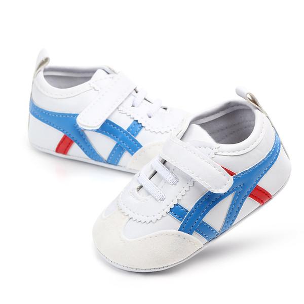 Klassische Baby-Mädchen-Jungen-Schuh-Turnschuh-Herbst-feste Unisexkrippen-Schuhe Säuglings-PU-Leder-Schuh-Kleinkind-Baby-Mädchen-erste Wanderer-Schuhe