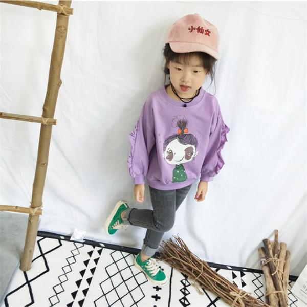 2018 Nueva Primavera Otoño Niñas Suéter Niños Bebé Femenino Coreano Flor Linda Manga Lateral Muñeca Cabeza O-cuello Suéter Ropa de niña en línea