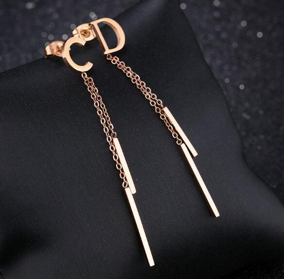 Chic Letters Design Earrings Tassel Chain Dangle Drop Earring Steel Titanium Ear Studs For Women Wedding Party Jewelry Accessories