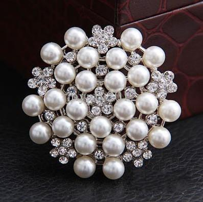 Hotsale Multi-beads Pearl Pin Brooch Bridesmaid Girl Clear Rhinestone Petal Flower Corsage For Wedding Free Shipping