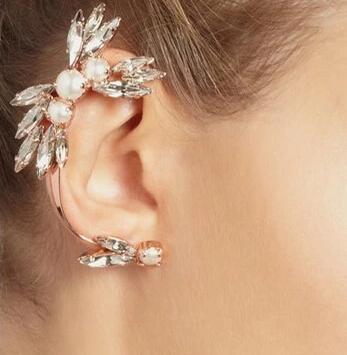 2016 moda ear clipe brincos branco borla gem cristal imitação de pérolas punk rock manguito ear earp brinco para as mulheres 1 pcs