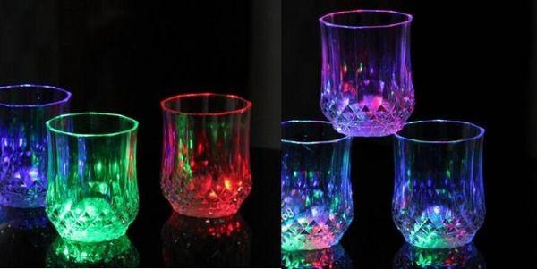 VENTA CALIENTE Luces Led Copa Intermitente Vaso de medida Led Plástico Luminoso Taza Fiesta de cumpleaños Noche Bar Boda Bebida Vino flash pequeña taza XXP66