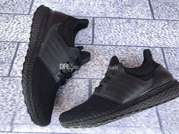 #09 Ultra Boost 4.0 Triple Black