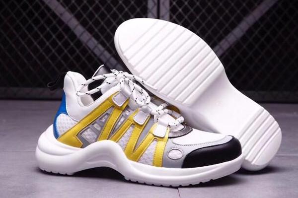 Descuente la moda de las zapatillas deportivas de moda salvaje para niña con un diseño futurista de corredores de suela voluminosa, las zapatillas de mujer Trend Spring dominan las pasarelas