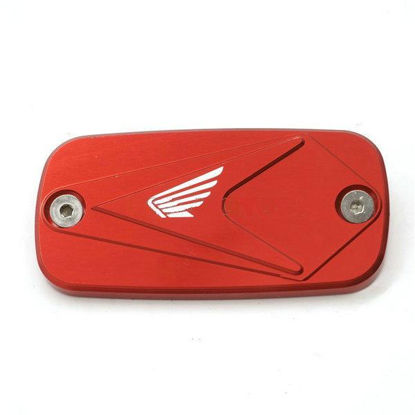 الأحمر مع الشعار