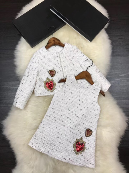 New arrival Girls 2pc Set Kids Woollen Clothing Luxuriy Set 2018 Spring Autumn thickening Long Sleeve Sequins Embroidery dress 2colors