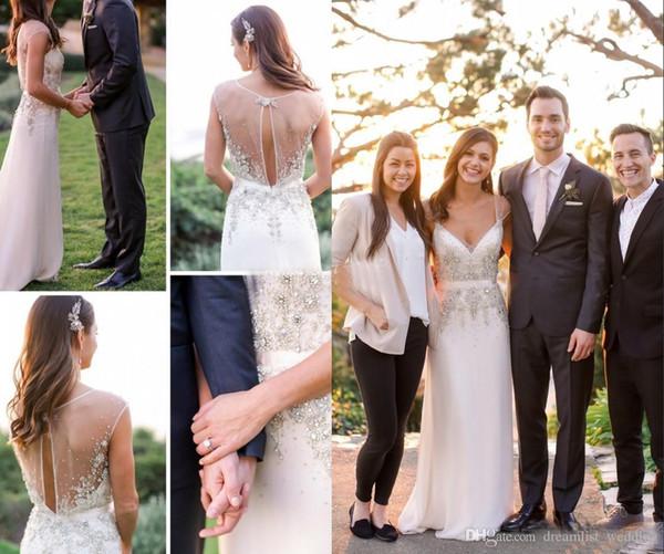 País Una línea Vestidos de novia Playa Modesto Vintage Profundo Cuello en V Volver Volver Gasa Cremallera Cristales Vestidos de novia