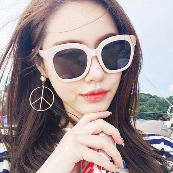 Männer Frauen Polarisierte Sonnenbrille UV 400 Objektiv Sonnenbrille Fahren Brille Square Shades Unisex mit Black Box
