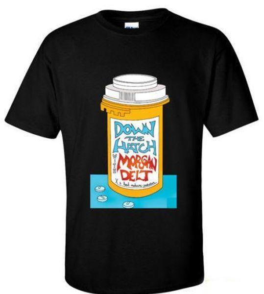 Por la escotilla Con la camiseta alternativa / indie Morgan Delt Camiseta de dibujos animados de la novedad de verano