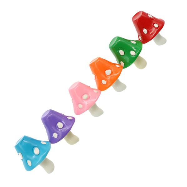 6 tipi di arcobaleno Fine Craft Resina Micro-Landscape Decoration Fashion Mini Funghi Mini Fiaba Decorazione della casa