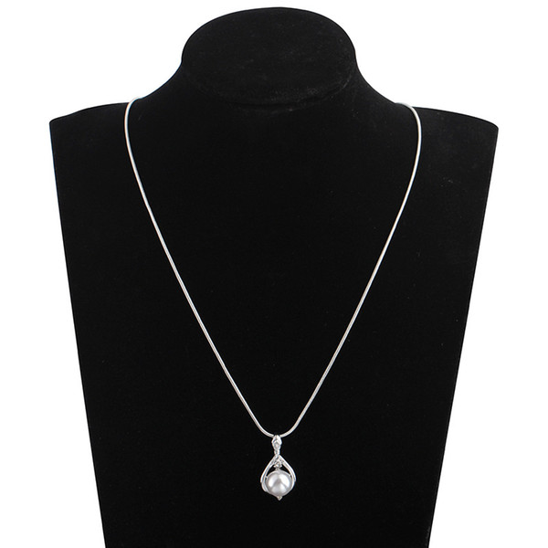 Imitation Pearl Pendant Necklace Women Simple Rhinestone Clavicle Chain Necklaces Fashion Alloy Silver Plated Jewelry Accessories Wholesale