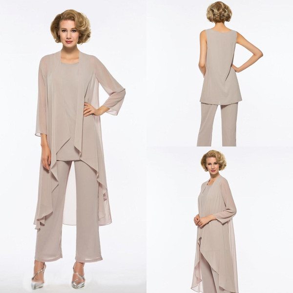 Chic Stylish mother of the bride pant suits Elegant Chiffon 3 piece Beach Wedding Mother Of Bride Dresses Outfits With Jacket Pant 2018