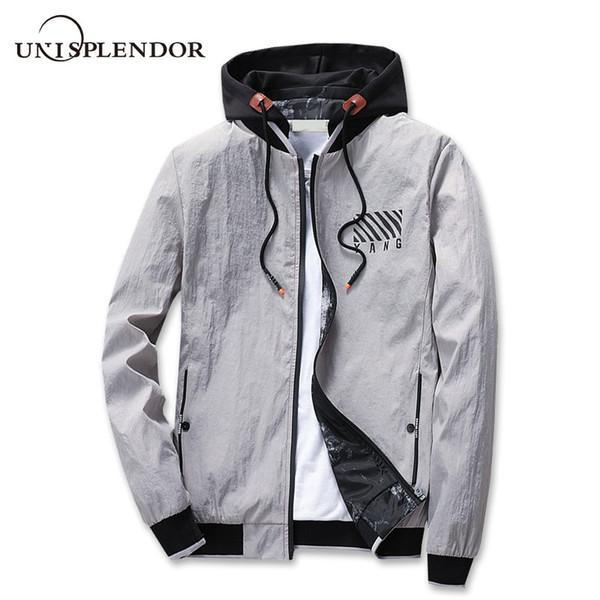 2018 Men Hooded Jacket Man Casual Cool Autumn Windbreaker Men Hip Hop Printed Coat Streetwear Male Bomber Pilot Jackets YN10326