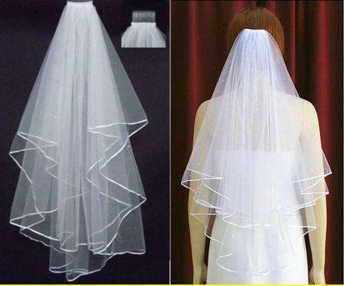 Free Shipping 2018 White Ivory Bridal Veils 2 Layers With Comb Pearls Ribbon Edge Tulle Veil for Church Wedding Bride In Stock