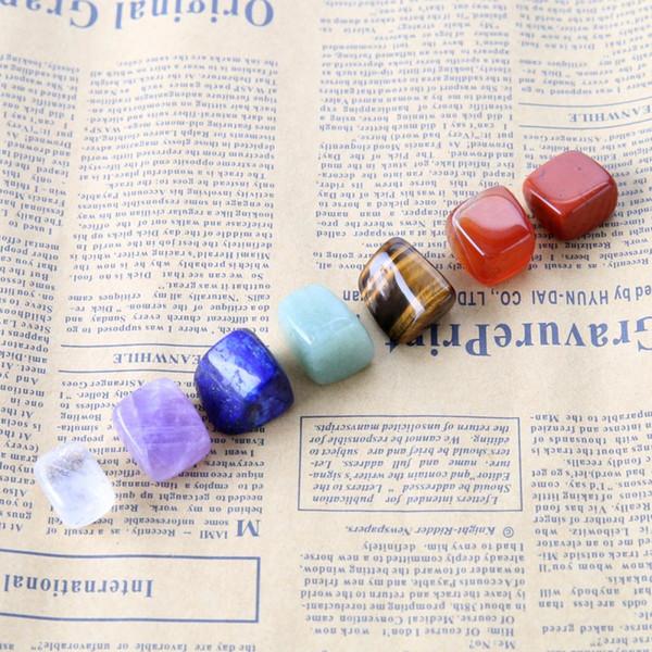 Chakra Pierres Cristaux de Guérison Méditation de Guérison Reiki ou Pierres de Palmier Pierres de Pouce et Crystal Therapy Rainbow 7 Coloris / Set Gratuit DHL G670S