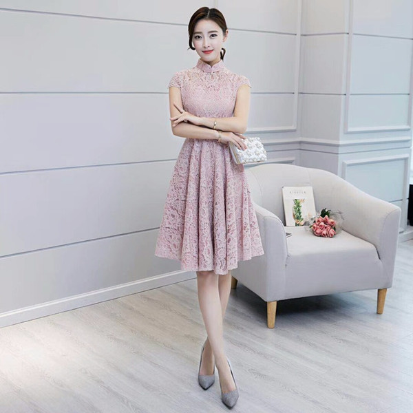 Cores rosa manga curta vestido curto Qipao mancha De Seda Vestido Chinês estilo chinês cheongsam elegante 2018 Novo Estilo