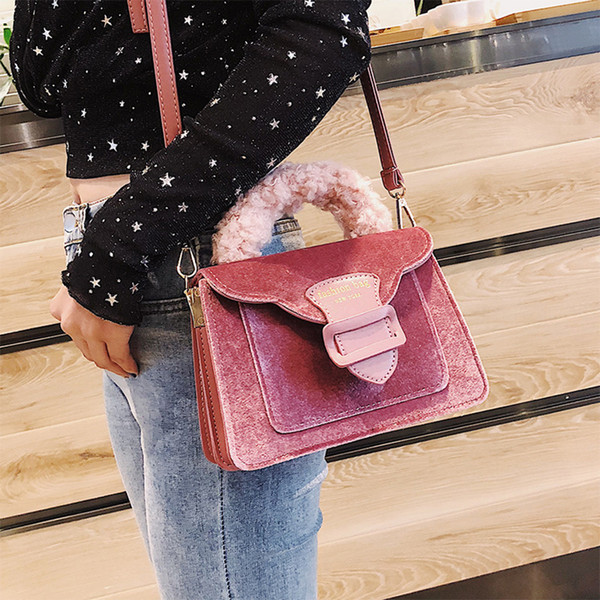 Velour Handle Bags for Women Shoulder Bag Fashion Letter Women Messenger Bag Winter Plush Females Handbag Girls Funny Flap D110