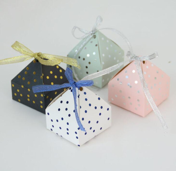 Pyramid Style Wedding Favors Supplies Dot Candy Boxes with Ribbon Gift Box Party Packaging Chocolate Box Baby Shower Favor
