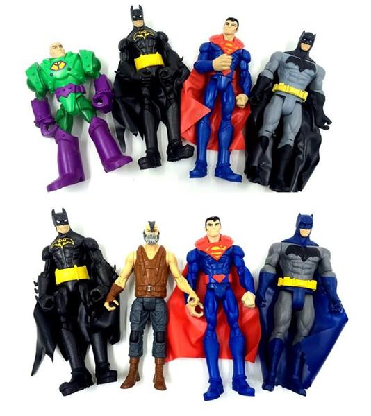4pcs/lot 15cm Random send original anime figure the avenger superman/Batman action figure set best kids toys for boys