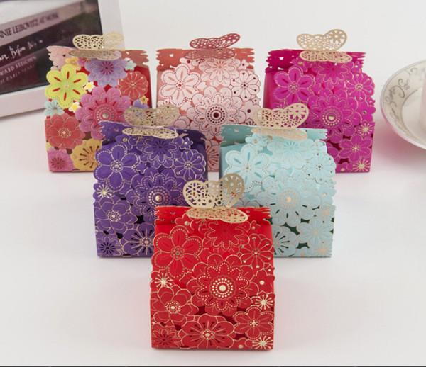 Caso di caramelle di carta di taglio laser Caso di fiori e farfalle di design Caso di regalo di caramelle di lusso multi colori forniture di nozze