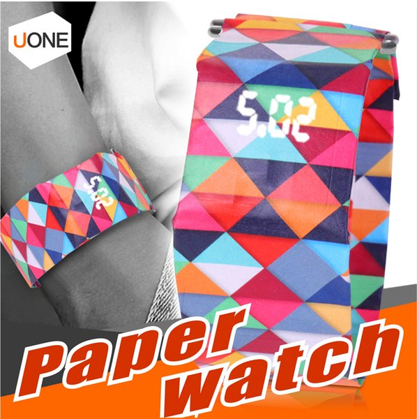 Reloj de papel digital Venta caliente Moda Pulsera magnética Deporte casual Reloj LED Reloj impermeable Tyvek Correa de papel Regalos para niños Chidren