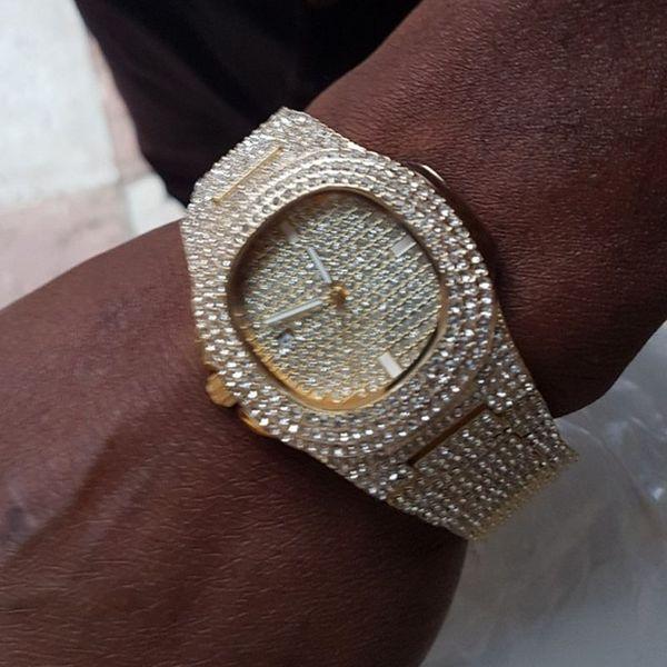 Orologio da uomo Guarda orologio da polso in oro con diamanti Quadrante da polso da uomo impermeabile al quarzo Relogio Masculino
