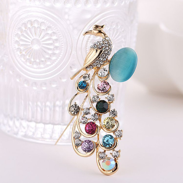 2018 New arrival women lady fashion jewelry alloy Peacock opals crystals diamond pins flower brooch Christmas festival gift love