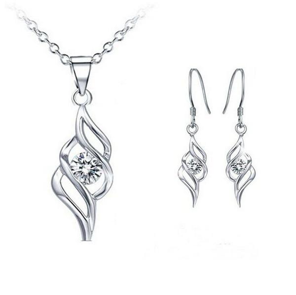Gioielli da donna con diamanti in cristallo svizzero Orecchini Set con ali d'angelo Gioielli classici Swarovski Elements Wedding Dinner Party Jewelry