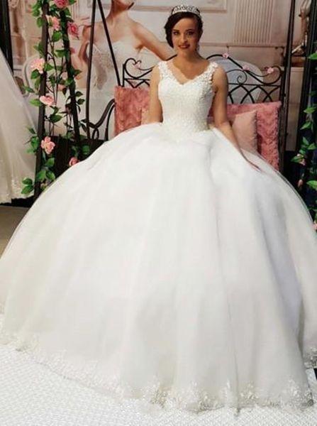Compre Vestidos De Novia Elegantes Y Delicados Del Vestido De Bola De La Princesa Apliques De Encaje Con Cuello En V Vestido De Fiesta De Estilo árabe