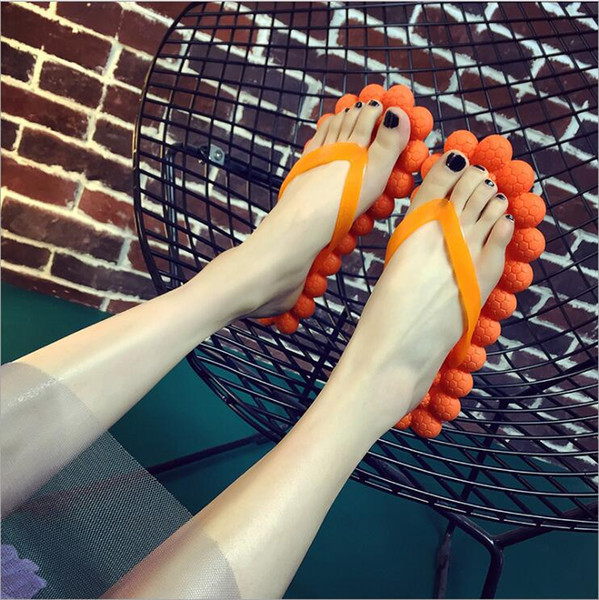 2018 cute little fresh bubble shoes sandals household summer beach massage slippers Fashion candy color flip flops