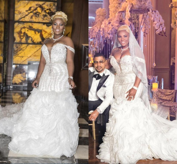 Dubai Arabic Luxury Crystals Beaded Mermaid Wedding Dresses Off Shoulders Deep V Neck Long Chapel Train Ruffle Skirts Wedding Bridal Gowns