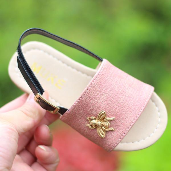 Cartoon Baby Girls Sandals Bee Kids Flat Sandals 2018 New Summer Children Beach Shoes Korean Girl designer shoes C3678
