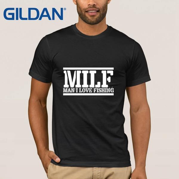 Milf fazendo  compras com o marido