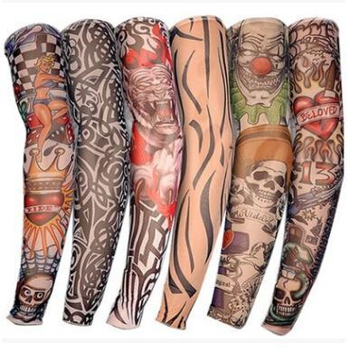 Maniche Falso Tattoo 24X manicotti del tatuaggio Uomini e Donne Nylon Temporary Tatto calze del braccio Oversleeves