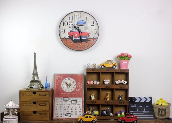 Venta al por mayor-AIBEI-Zakka Red Sports Car Madera Reloj de pared Moda Decoración del hogar Número árabe Relojes electrónicos digitales