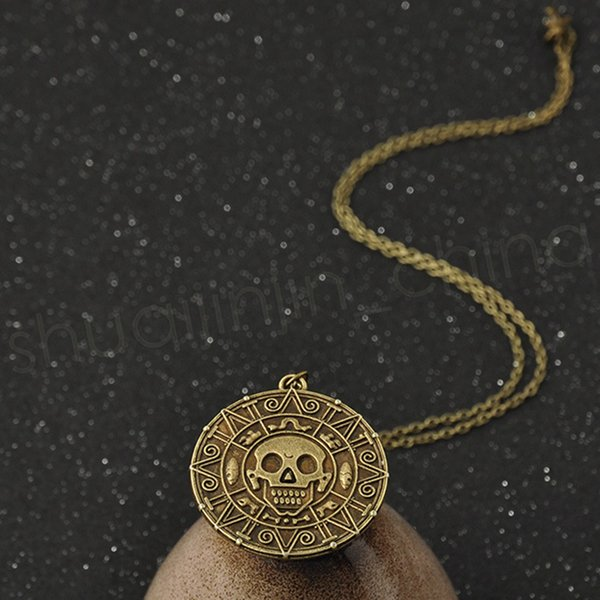 best selling Vintage Bronze Gold Coin Pirate Charms Aztec Coin Necklace Men's Movie Pendant Necklaces for Lady Xmas Gift Fashion Accessories GGA1090