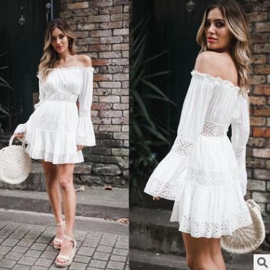 2018 nuevas mujeres vestido de verano sin tirantes de manga acampanada sexy ahueca hacia fuera el vestido de encaje plisado ropa blanca de vacaciones de algodón blanco