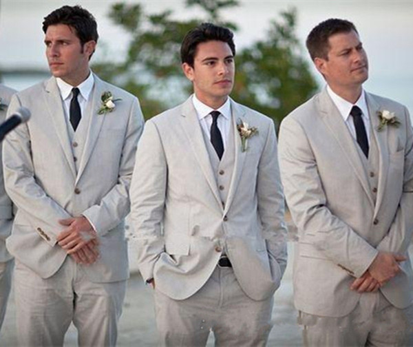 2018 Beach Beige Men Wedding Suits Three Pieces Groomsmen Suit Custom Made Cheap Grooms Tuxedos Slim Fit Men Formal Suits(Jacket+Pants+Vest)