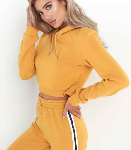 Il nuovo vestito sportivo maglione con cappuccio della donna calda 2018 all'aperto mette in mostra l'insieme sportivo di yoga del vestito di forma fisica di sportwear casuale