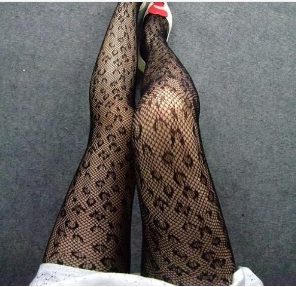Women summer sexy OL Hollow nightclub girl Leopard print Round hole pull wire mesh pantyhose elastic force Jacquard even foot base socks